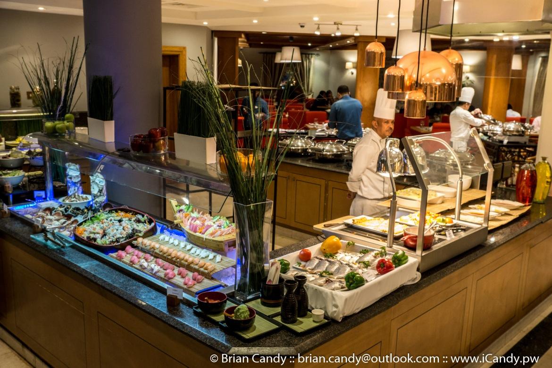 Thursday Night Seafood Buffet in Seasons Restaurant Mövenpick Doha